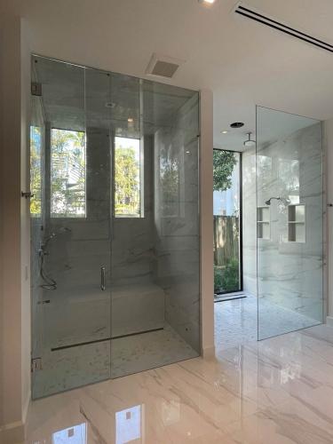 Kent Shower Door