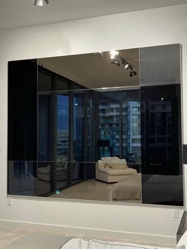 Soto Colored Mirror